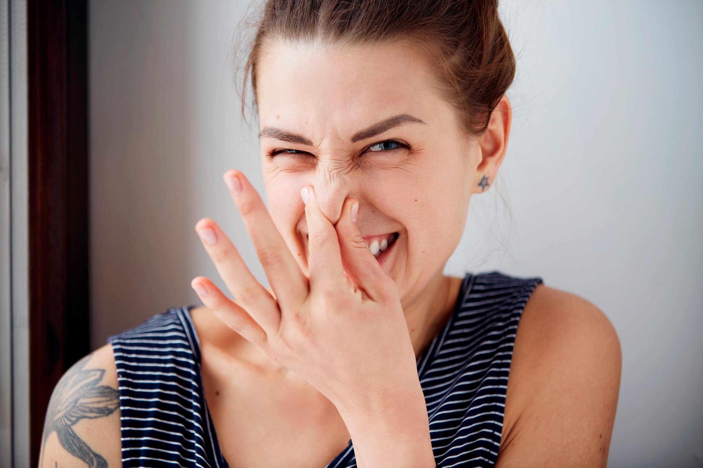 Как избавиться от неприятного запаха в доме