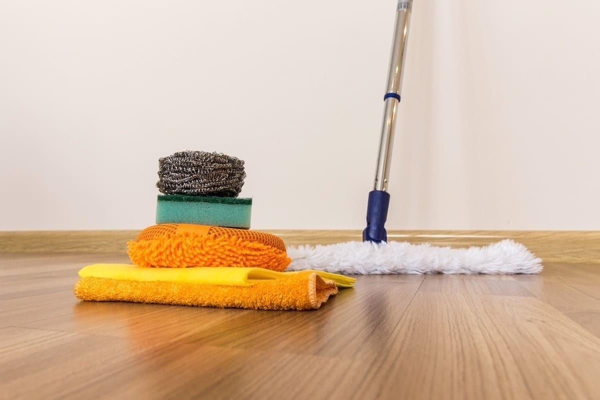 Правила по очистке ламината в доме или квартире